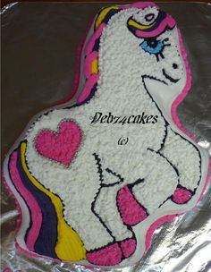 Twilight sparkle my little pony cake made using the wilton pony pan