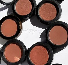 blushes for your easy tones
