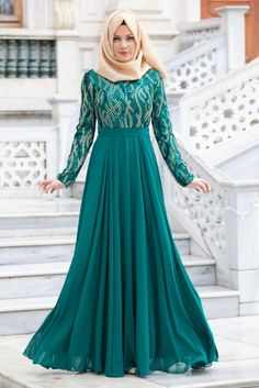 TESETTÜRLÜ ABİYE ELBİSELER - Tesettürlü Abiye Elbise - İşlemeli Yeşil Abiye Elbise Hijab Evening Dress, Hijab Dress Party, Hijab Style Dress, Nikkah Dress, Chic Dress, Dress Outfits, Evening Dresses, Hijab Outfit, Hijabi Gowns