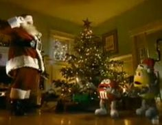 Or this classic commercial, where a couple of M&M's run into Santa that still seems to air every year. 16 Things You Haven't Thought About Since Christmas As A Kid, But Will Immediately Remember Christmas Past, Christmas Photos, Vintage Christmas, Favorite Holiday, Holiday Fun, Holiday Decor, Meet Santa, Major Holidays, Childhood