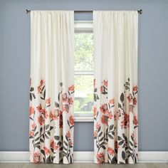 "• Pure cotton construction<br>• Rich white background with a watercolor floral print<br>• Choice of brilliant flower blossoms<br>• Classic rod pocket<br>• Machine wash, line dry<br>• Dimensions: 54"" W x 95"" L<br><br>Threshold, Climbing Floral Window Panels drape beautifully and filter light effectively for a perfect combination of pretty and practical. Whether you want to darken a room, b..."