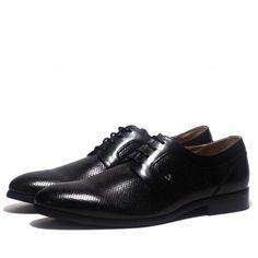 Precioso zapato Martinelli tipo blucher con piel punteada.