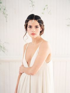 wedding boho hair chain / gold / hushed commotion / jake anderson photo