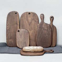 Black Walnut Whole Wooden Breadboard, Chopping Board, Pizza Plate – unscandy