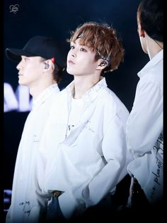 Curley haired Minseok is one of my favorite Minseoks.