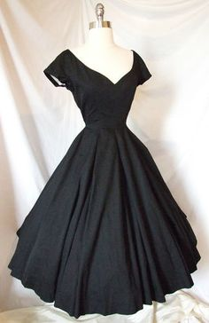 Vintage 1950s Cocktail Party Portrait Dress ~ Black ~ Wedding Evening Gown