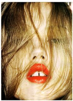 Lindsey Wixson // Wash Your Face in My Sink // Love Magazine // S/S 2010 // Angelo Pennetta Gap Teeth, Lindsey Wixson, Love Magazine, My Hairstyle, Wash Your Face, Beauty Editorial, Up Girl, Red Lipsticks, Makeup Inspiration