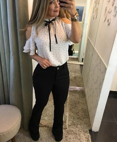 I want cute outfits like this one! Business Outfits, Office Outfits, Chic Outfits, Girl Outfits, Fashion Outfits, Mode Chic, Professional Outfits, Blouse Styles, Work Attire