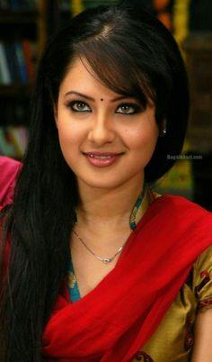 Pooja bose Beauty Full Girl, Cute Beauty, Beauty Women, Beautiful Bollywood Actress, Beautiful Indian Actress, Beautiful Girl Image, Most Beautiful Women, Pooja Bose, Thing 1
