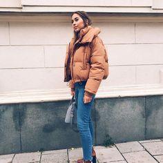 Compra ropa de moda online a partir de los looks de tus amigos. Zapatos, chaquetas, abrigos, relojes, shorts, pantalones, faldas... Winter Outfits For Teen Girls, Fall Winter Outfits, Winter Clothes, Winter Style, Casual Winter, Winter Coats, Winter Wear, Trendy Outfits, Cute Outfits