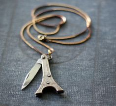Vintage Eiffel Tower Pocket Knife Necklace | 33 Insanely Clever Pieces of Double-Duty Jewlery