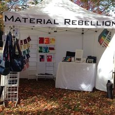 Beautiful day here in Hadley! The OnTrend Craft Fair will be on the town common until 4pm! #ontrendcrafts