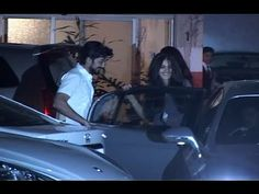 Riteish Deshmukh with his wife Genelia D'souza attended the Sohail Khan's wife Seema Khan's party Also see : Riteish with his HIGHLY pregnant wife Gene. Gossip, Interview, India, Party, Youtube, Pictures, Photos, Goa India, Fiesta Party