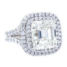 1stdibs.com | Exquisite 5.02 Carat Square Emerald Cut Diamond Ring