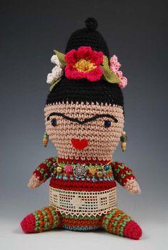 Frieda kahlo amigurumi by pursesnatcher