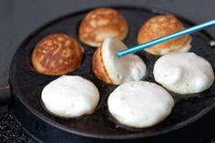 Æbleskiver - recipe and instructions in English from the Thimbleanna blog.