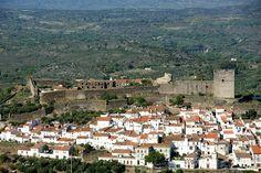 Vista parcial de Castelo de Vide obtida a partir do Miradouro da Senhora da Penha  Partial view of Castelo de Vide, Alentejo, Portugal