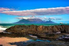 Table Mountain-South Africa http://www.travelandtransitions.com/destinations/destination-advice/africa/cape-town-travel-things-todo/