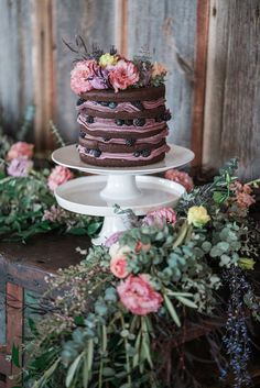 pretty little cake
