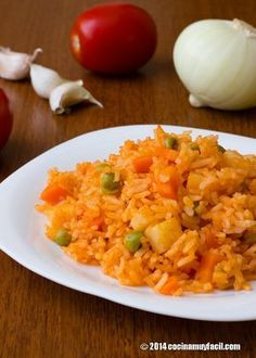 Recipe for mexican red rice. With photographs, tips and suggestions for tasting. Rice Recipes, Mexican Food Recipes, Dinner Recipes, Healthy Recipes, Ethnic Recipes, Kitchen Recipes, Cooking Recipes, Red Rice Recipe, Vegetarian