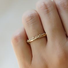 Gold band with granules - 7.5 / 14ct Gold