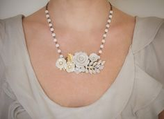 Etsy の Dreaming In White Vintage Collage Necklace by lonkoosh
