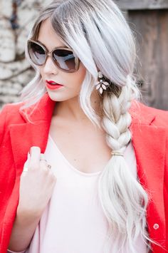 LOVE this platinum white ash blonde. wish my clients wouldn't be afraid of white/ash/grey blonde. Grey Blonde Hair, White Blonde, Silver Blonde, Blonde Ombre, White Hair, Black Hair, My Hairstyle, Pretty Hairstyles, Blonde Hairstyles