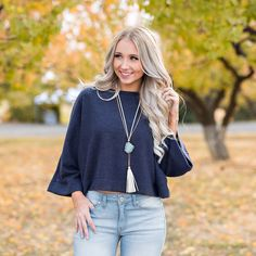 efa0cc5937fdb With a crop top style and dolman sleeves