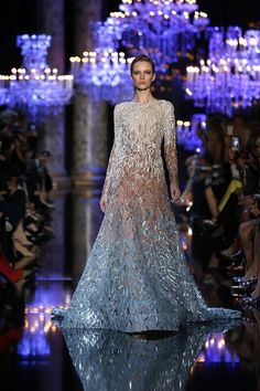 La Collection des Essences: Elie Saab's haute couture expertise brought to the world of perfume. Fashion designer Elie Saab is Elie Saab Couture, Style Couture, Haute Couture Fashion, United Nude, Collection Couture, Elie Saab Fall, Mermaid Dresses, Beautiful Gowns, Designer Dresses