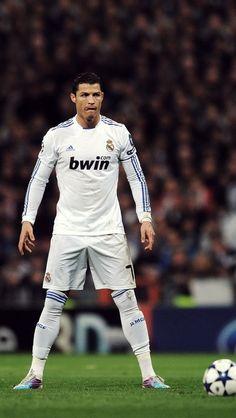 Cristiano Ronaldo una maquina de hacer goles eres de otra galaxia hermano