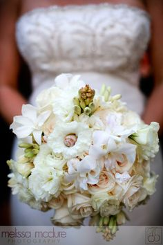 White flower bouquet, romantic, vintage vibe