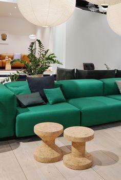 Die 6 schönsten Wohntrends für das Jahr 2017 #vitra #sofa #couch #green #kork #cork