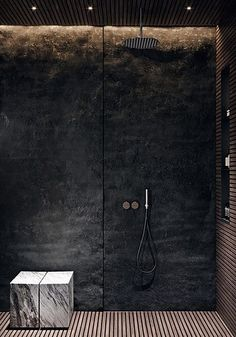 Edgy Bathroom // Black stone shower wall with integrated lighting, slatted wood floor, marble seat ACQuiRE underSTANDiND DiAiSM ArTriBuTE Interior Design Blogs, Bathroom Interior Design, Simple Interior, Luxury Interior, Marble Interior, Black Interior Design, Interior Architecture, Bad Inspiration, Bathroom Inspiration