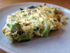 Crock Pot Fresh Vegetable & Three Cheese Frittata Omelet, Frittata, Diabetic Recipes, Real Food Recipes, Quiches, Diabetes, Broccoli, Omelette, Quiche