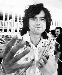Jimmy Page                                                       …