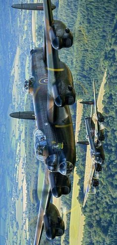 Lancaster Bomber on a Daylight Raid over Europe to Augsburg to bomb the MAN diesel factory,s where they produced diesels for German U boat,s A few varied photos that I like Ww2 Aircraft, Military Aircraft, Image Avion, Bomber Plane, Lancaster Bomber, Ww2 Planes, Aircraft Design, Aircraft Pictures, Aviation Art