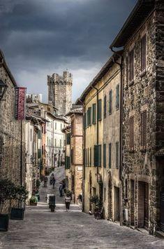 Montalcino, Tuscany, Italy Siena  #VisitingItaly