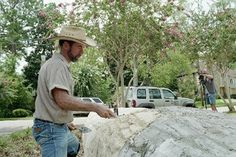 Making Artificial Rocks  (c) 2009 Some Rights Reserved  by Tom King    A friend of mine makes his living building rocks and designing exhi...