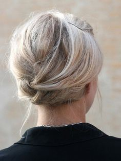 Updos for Short Hair: Everyday Hairstyles for Women