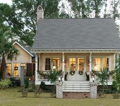 18 Cute Small Houses That Look So Peaceful It's so cute! A sweet little cottage, with a sweet little college of its own! 18 Cute Small Houses That Look So Peaceful It's so cute! A sweet little cottage, with a sweet little college of its own! Cottage Living, Cozy Cottage, Coastal Cottage, Coastal Living, Coastal Decor, Modern Cottage, Yellow Cottage, Lake Cottage, Coastal Style