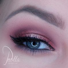 Nostalgic Makeup Look by Paolla MakeUp. Featuring Makeup Geek Eyeshadows in Beaches and Cream, Cabin Fever, Curtain Call and Nostalgic.