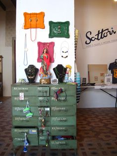 Todo el Summer market Xàbia esta impregnado de la esencia de La Conserva, mobiliario y decoración vintage.