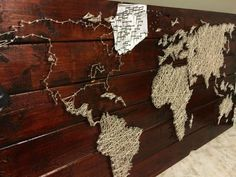 project - string and nail world map Create map wall art with a pallet, string, and nails.Create map wall art with a pallet, string, and nails. Wood World Map, World Map Wall Art, Map Art, Pallet Projects, Art Projects, Project Ideas, Creation Deco, Office Wall Art, Diy Wall Art