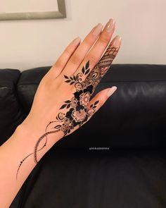 Mehndi Design By Pretty Henna Designs, Modern Henna Designs, Henna Tattoo Designs Simple, Rose Mehndi Designs, Henna Designs Feet, Finger Henna Designs, Arabic Henna Designs, Mehndi Design Photos, Mehndi Designs For Fingers
