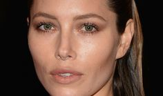 Celebs ranging from Jessica Biel to Lady Gaga and everywhere in between have rocked faux and real septum piercings in recent months. So we'veestablished that the septum piercing is having a moment.If you are thinking about taking the plunge because