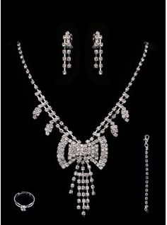 Bijoux (Gorgeous Alloy With Czech Rhinestones Wedding Bridal Jewelry Set,Including Earrings And Rings 011005490)
