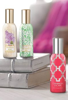 Perfume Your Room! love lavender, lilac, leaves and balsam Bath N Body Works, Bath And Body, Organized Bathroom, Yankee Candles, Perfume, Linen Spray, Spring Home, Smell Good, Wax Melts
