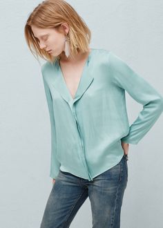 Bluzka z teksturą w groszki - Koszule dla Kobieta   MANGO Polska
