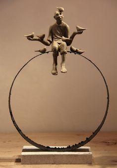 Escultura de:SOHEYL BASMATI.Iraní.