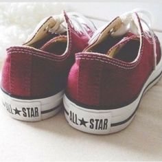 Red Converse All Star Sock Shoes, Cute Shoes, Me Too Shoes, Shoe Boots, Baby Shoes, Shoe Bag, Shoe Closet, Maroon Converse, Converse All Star